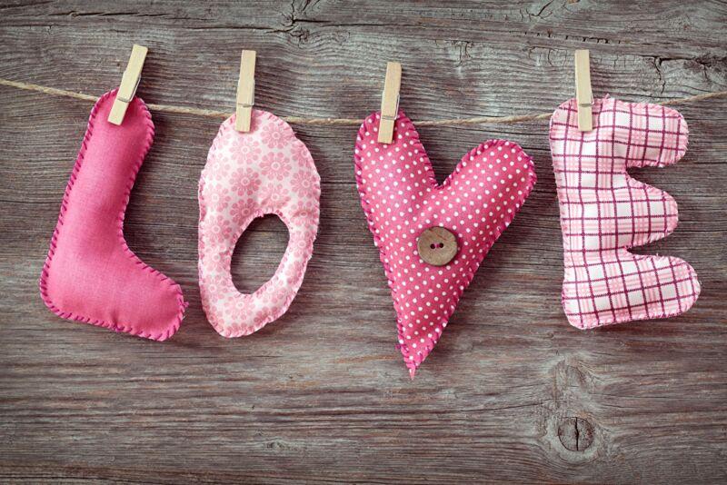 वेलेंटाइन डे के लिए DIY इसे बच्चों के लिए करते हैं: 14 फरवरी चरण 80 को शिल्प के सबसे सुंदर विचार