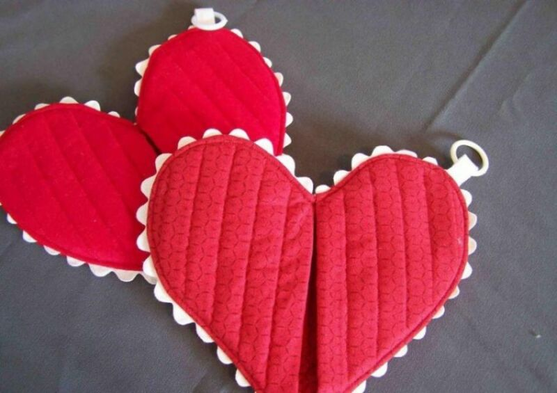 वेलेंटाइन डे के लिए DIY बच्चों के लिए अपने हाथों के साथ: 14 फरवरी चरण 82 को शिल्प के सबसे सुंदर विचार