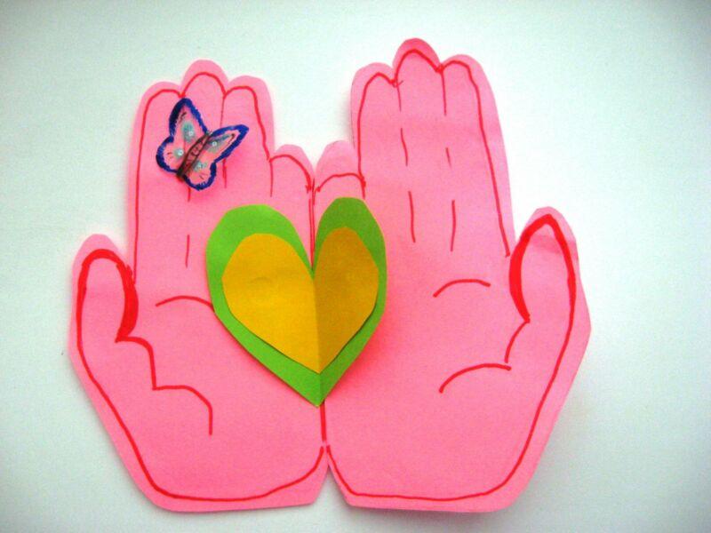 बच्चों के लिए अपने हाथों से वेलेंटाइन दिवस के लिए DIY: 14 फरवरी चरण 7 को शिल्प के सबसे सुंदर विचार