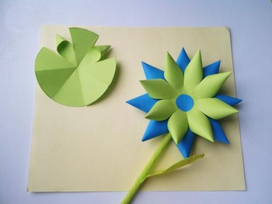 Paper Flowers & # 8212; Mga scheme at mga template para sa paglikha ng mga kulay ng papel na yugto 154.