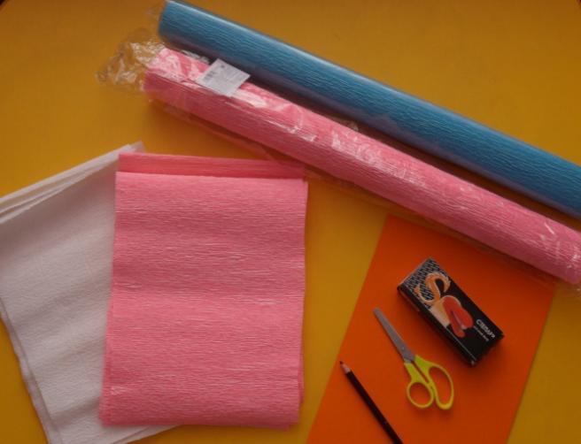 Paper Flowers & # 8212; Mga scheme at mga template para sa paglikha ng mga kulay ng papel na yugto 65.
