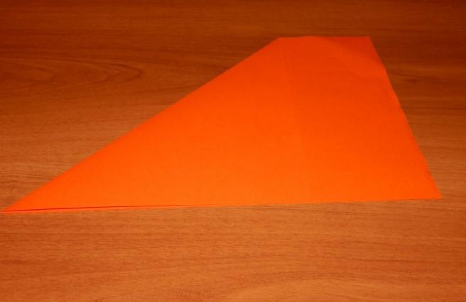 Paper Flowers & # 8212; Mga scheme at mga template para sa paglikha ng mga kulay ng papel na yugto 76.