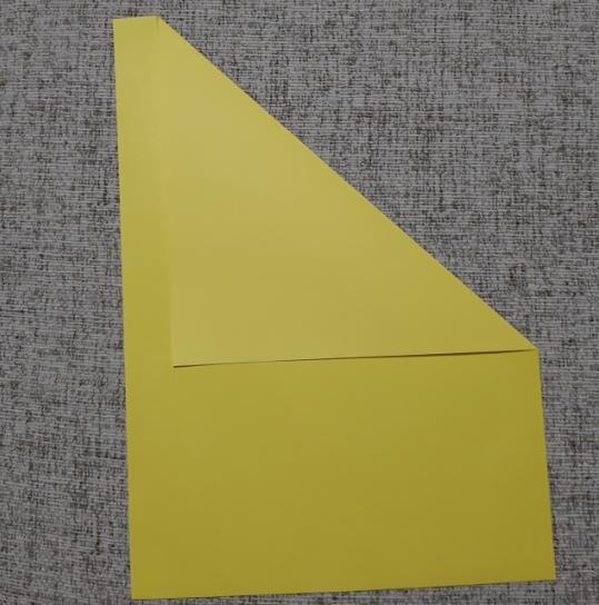 Paper Flowers & # 8212; Mga scheme at mga template para sa paglikha ng mga kulay ng papel na yugto 18.