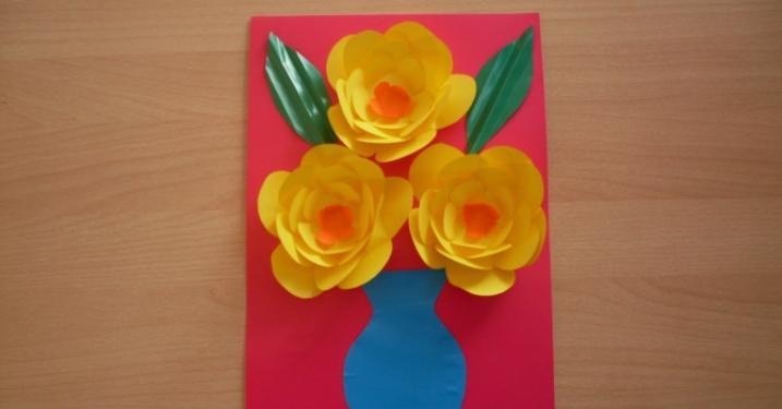 Paper Flowers & # 8212; Mga scheme at mga template para sa paglikha ng mga kulay ng papel na yugto 144.