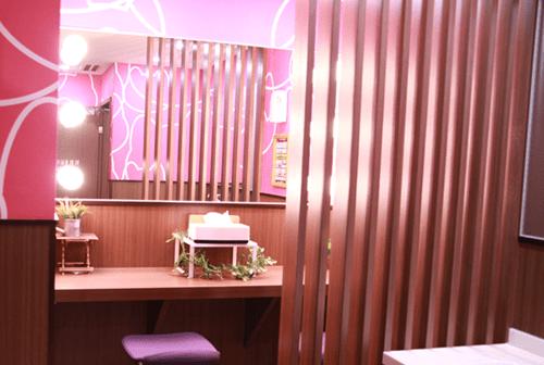 カラオケ コンセプト ルーム ユニーク 部屋