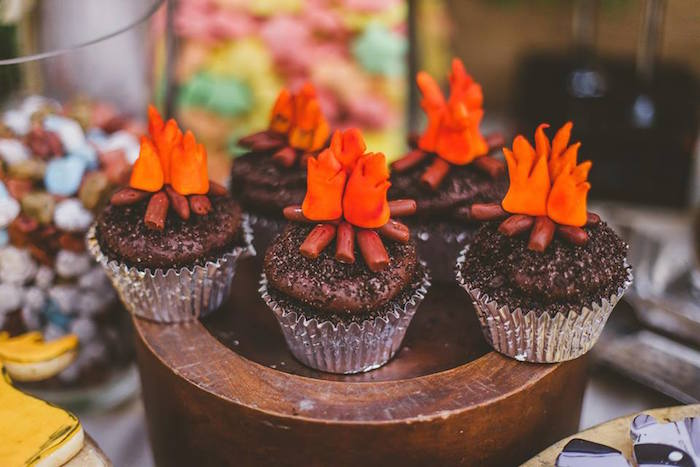 Karas Party Ideas Campfire Cupcakes From A Starry