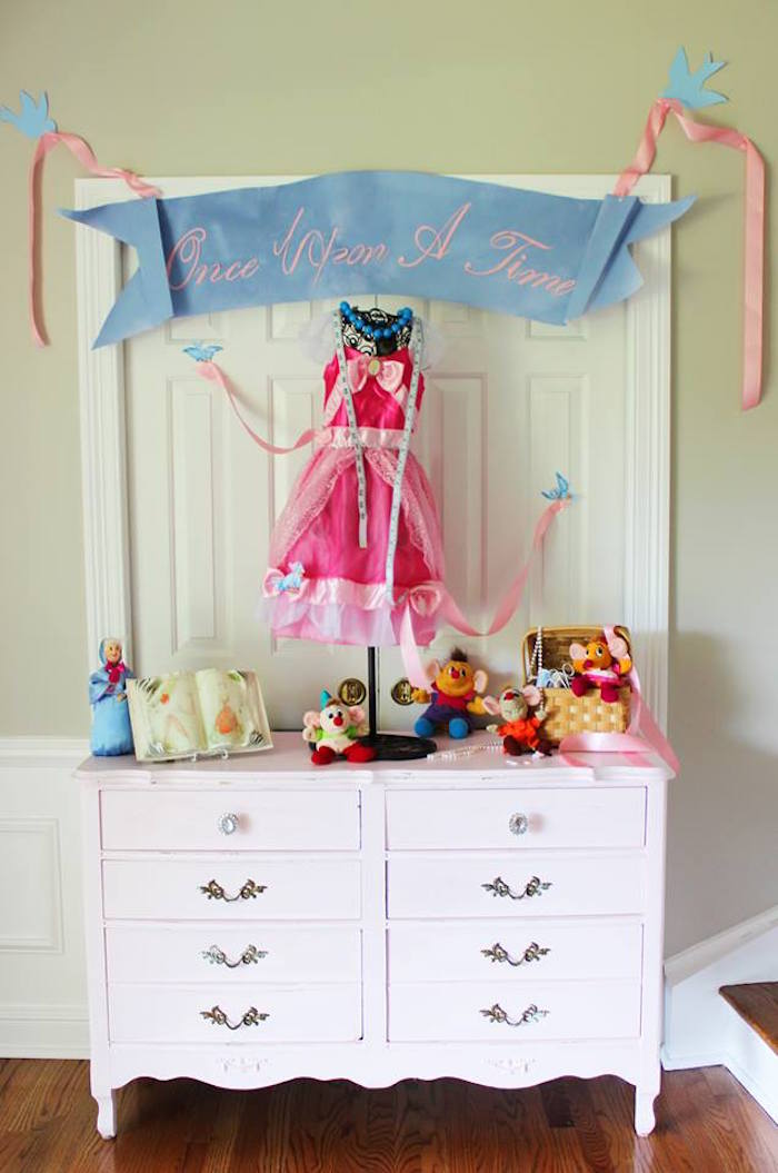 Karas Party Ideas Princess Pink Cinderella Birthday Party