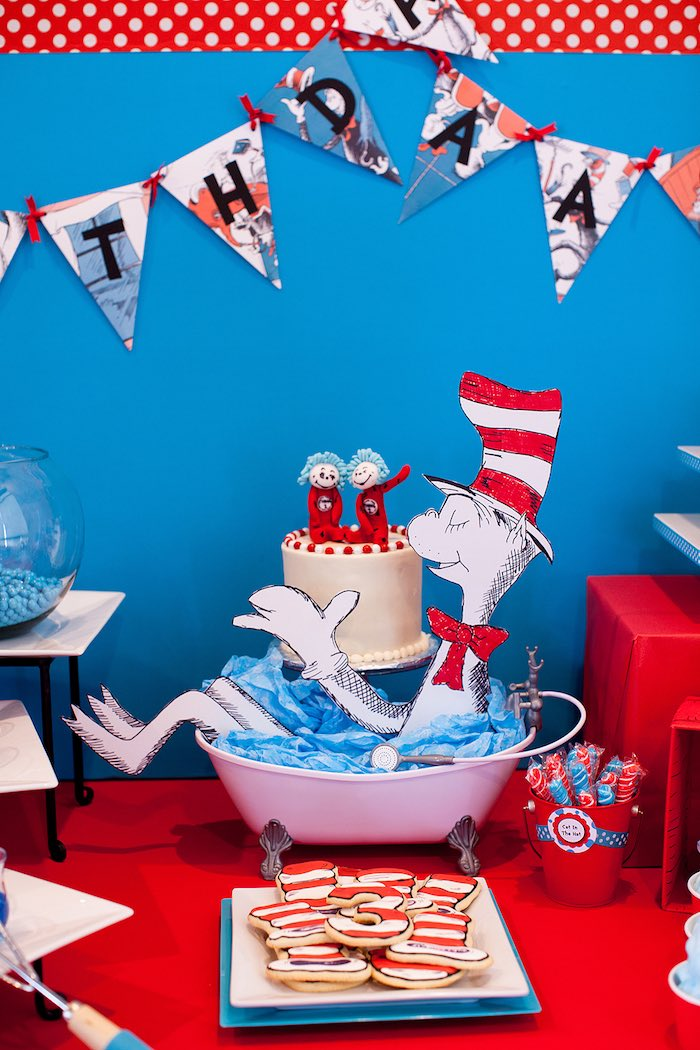 Kara S Party Ideas Cat In The Hat Themed Birthday Party Kara S Party Ideas