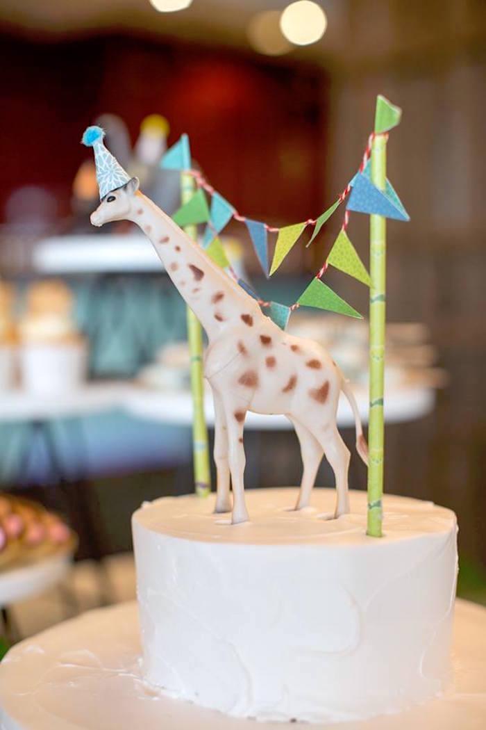 Kara S Party Ideas Minimalist Safari Birthday Party Kara