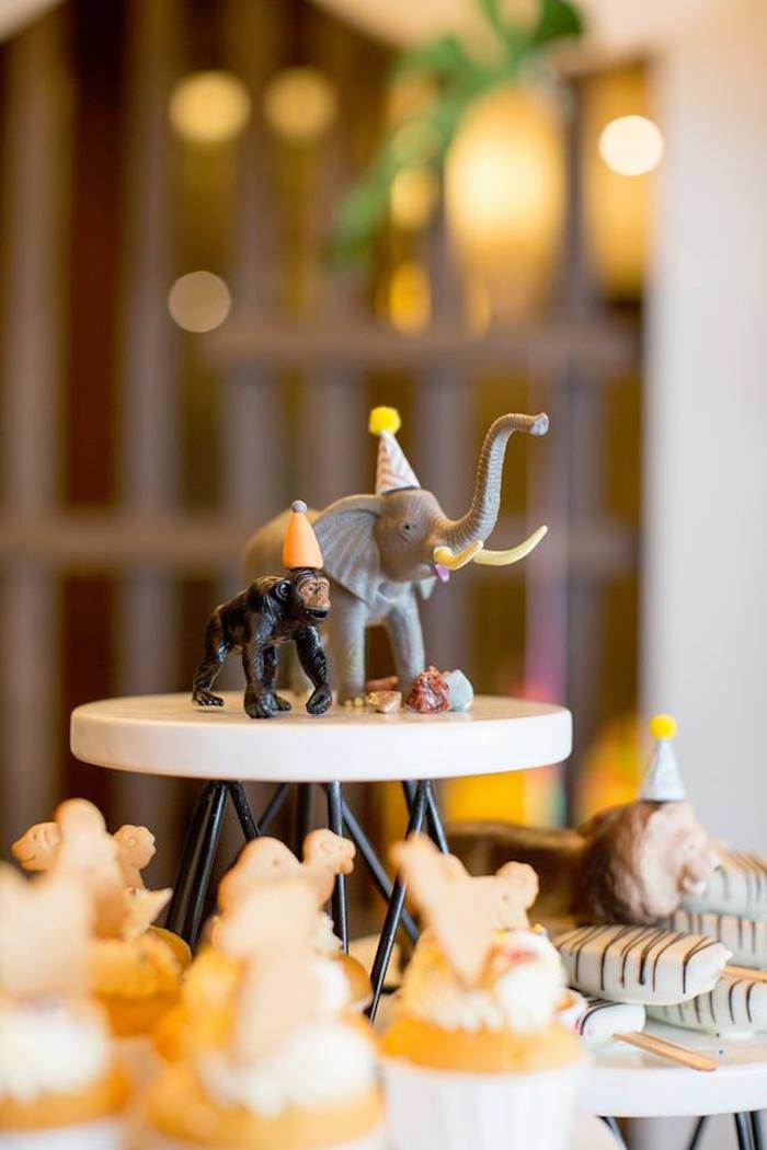Karas Party Ideas Minimalist Safari Birthday Party Karas Party Ideas