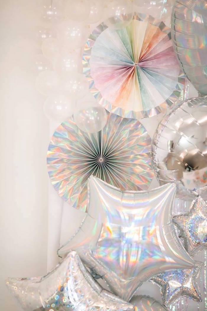 Kara S Party Ideas Iridescent Quot Be Bubbly Quot Birthday Party