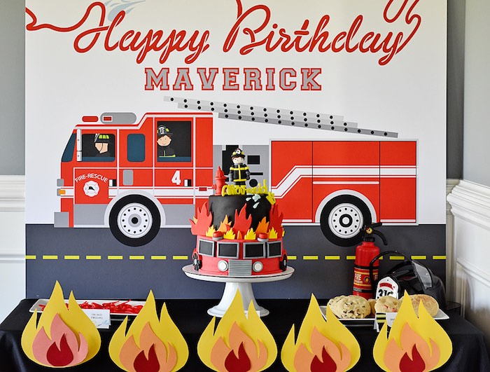 Home Garden Flaming Fire Truck Pin Game Banner Decoration Red Building City Birthday Party Party Supplies