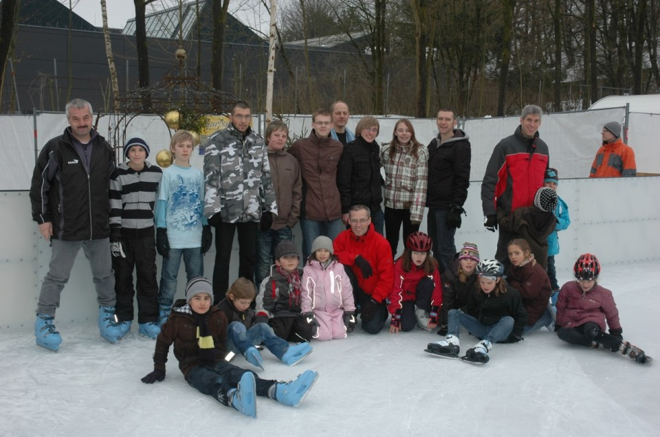 Schlittschuhlaufen der Kinder- und Jugendgruppe 2010