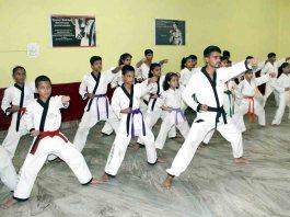 Advantages of Learning Karate | जानिए कराटे सिखने के फायदे।