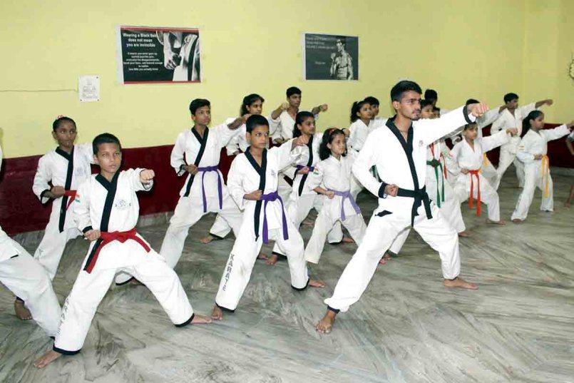 Advantages of Learning Karate | जानिए मार्शल आर्ट सिखने के फायदे।