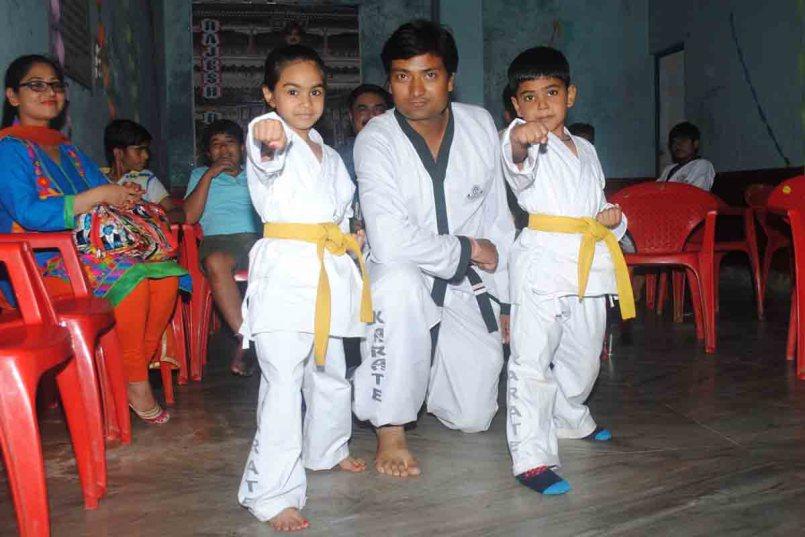 Karate Belt Order | कराटे बेल्ट के रंग और उनकी कक्षायें।