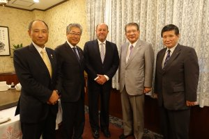 meeting-of-the-wkf-with-japan-olympic-committee-president-mr-tsunekazu-takeda-745-001