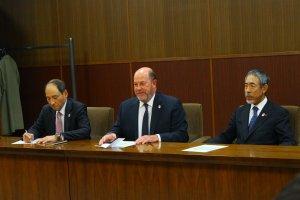 wkf-president-visits-joc-tocog-and-nippon-budokan-350-006