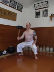 Con 61 años, el valor de la práctica tranquila es muy superior al estrépito del entrenamiento ruidoso.