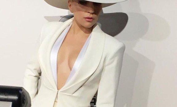 Lady Gaga 2016 AMAs