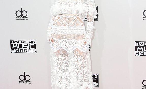 Gigi Hadid 2016 AMAs