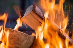 stock-photo-9711326-firewood