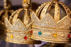 How to Become Queen by Karen Jurgens