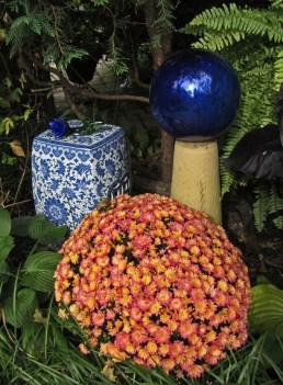 Flower ball © 2014 Karen A. Johnson