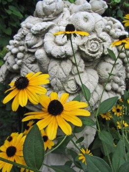 Flower sculpture © 2014 Karen A. Johnson
