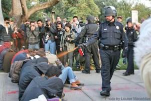 Lt_Pike_Pepperspraying_Students_UC_Davis
