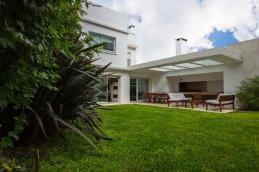 la Obra Casa Biarritz - Arquitectura del Vidrio - Karin Bia