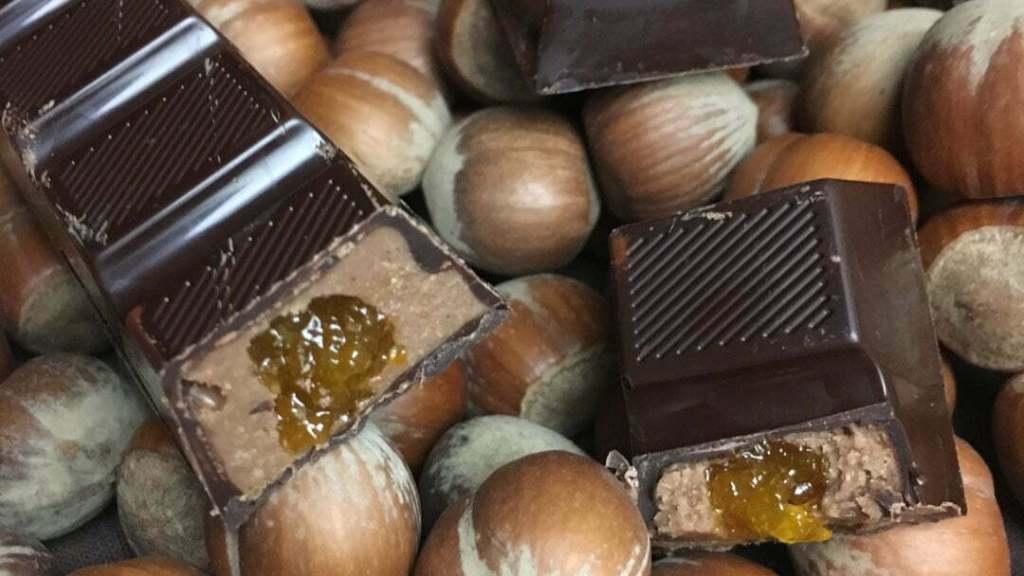 barre chocolat noisette gianguja confit orange découpe