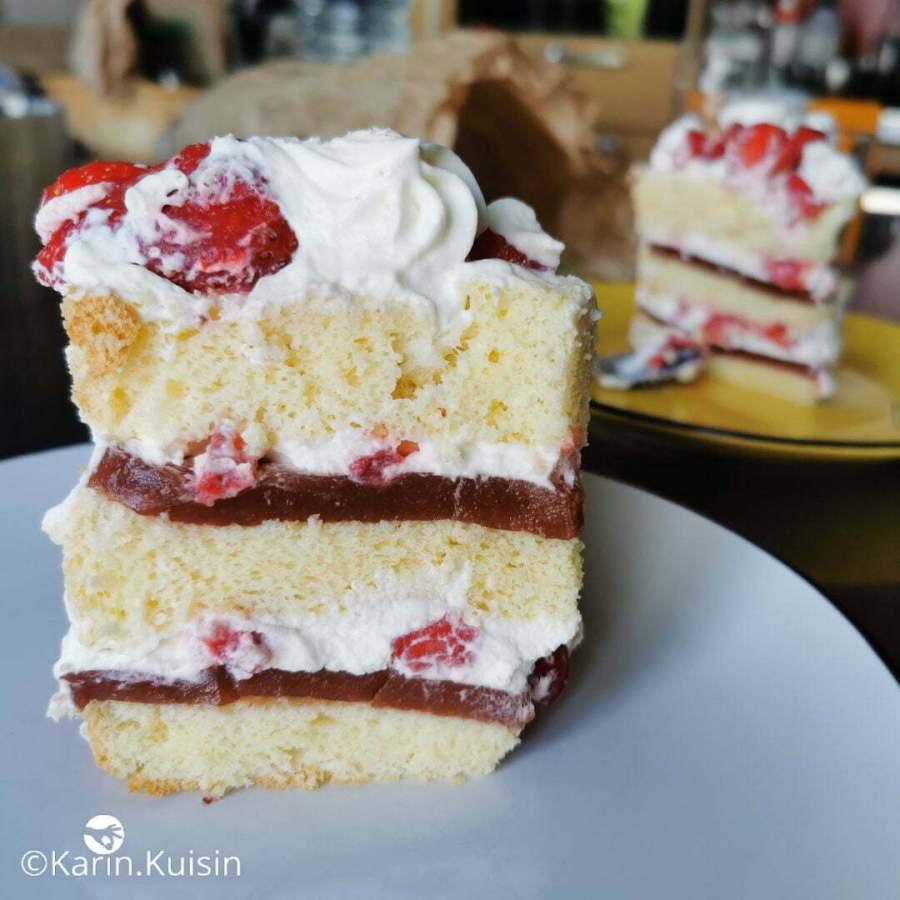 layer cake fraisier final découpe