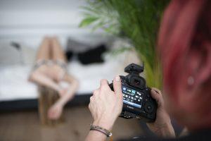 Studio, boudoir, fotoshoot, achter de schermen, westzaan, bourdoirfotograaf, fotograaf, erotische, fotoshoot, bikini model, lingerie,