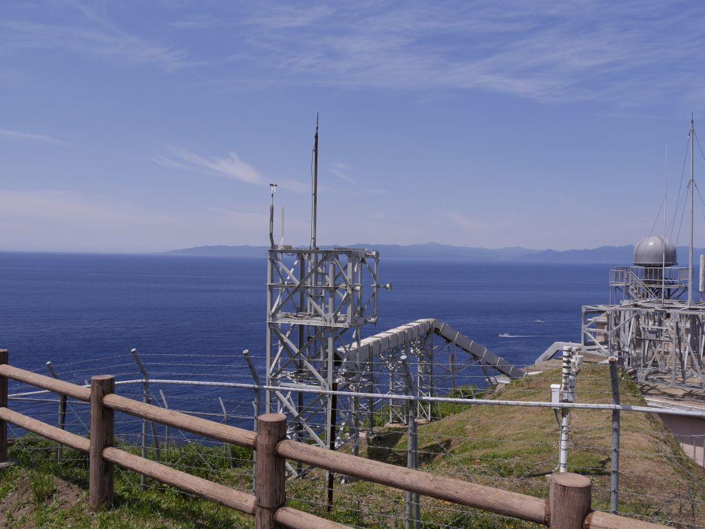 竜飛岬より北海道を望む
