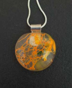 "Recycled glass pendant ""Golden Net"""