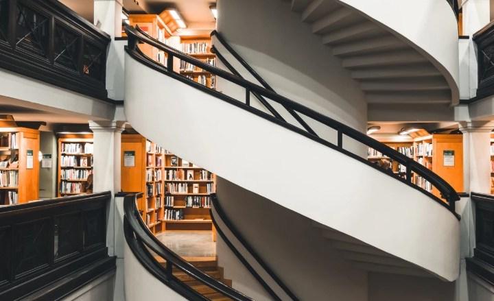 Cara Menjadi Asisten Perpustakaan