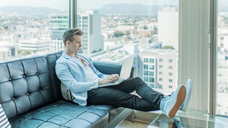 Tips Cara Menjadi CEO