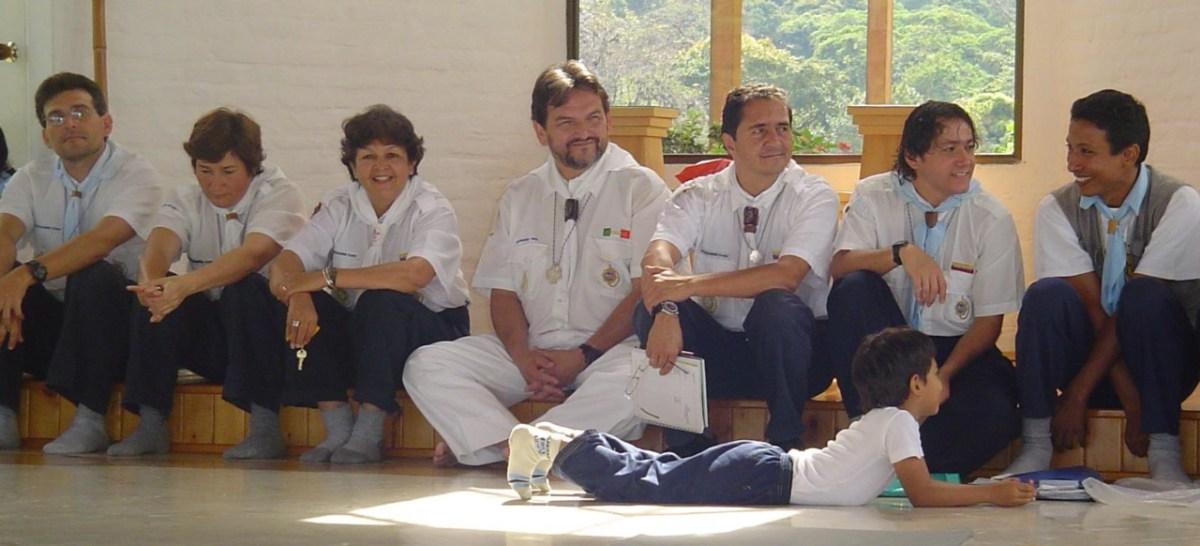Compartir despues de anteneje campamento elevado 2006