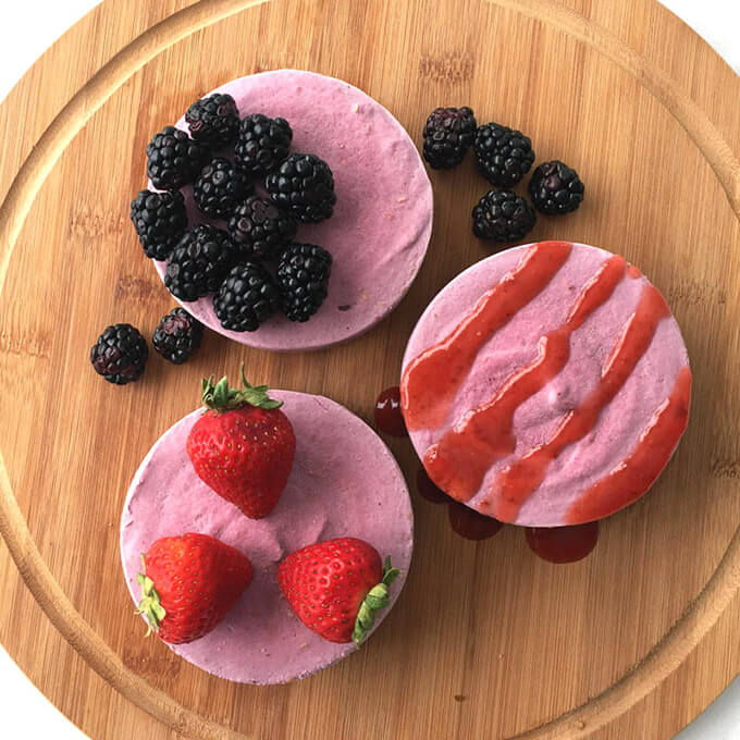 Very Berry Vegan CHEESECAKE! Yes, please. Plant-based, healthy vegan dessert, sweetened naturally, and full of delicious berry flavor.