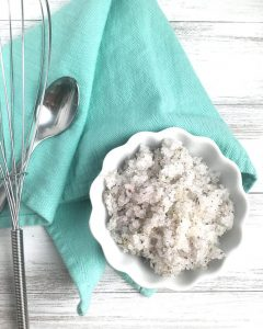 DIY Lavender Epsom Salt Scrub! Super easy body scrub recipe, and so beneficial for your skin.