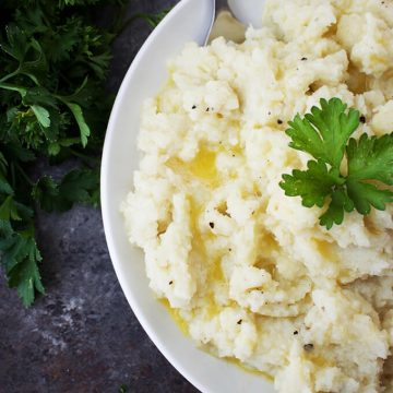 Garlicky Vegan Mashed Cauliflower