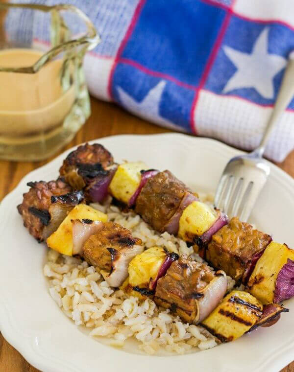 Grilled tempeh kabobs