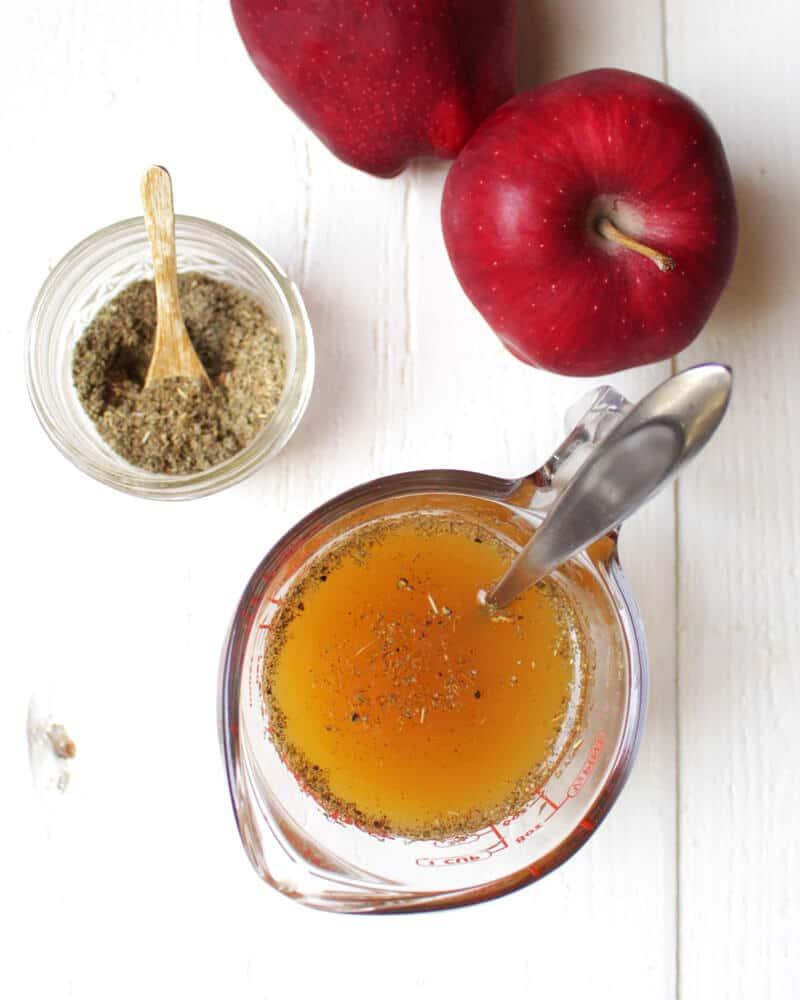 Apple Sage Oil-Free Salad Dressing (Vegan)
