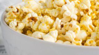 Stovetop Cheesy Vegan Popcorn