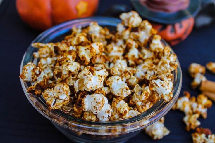 Vegan Pumpkin Spice Popcorn