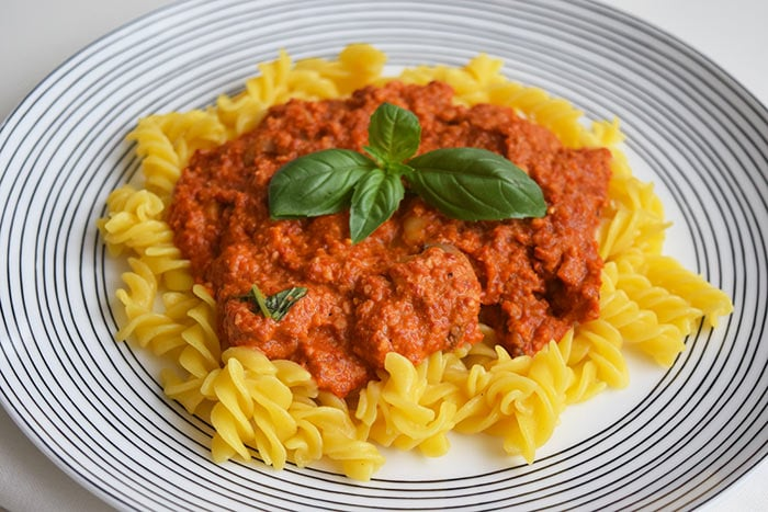 muhammara pasta - karlijnskitchen.com