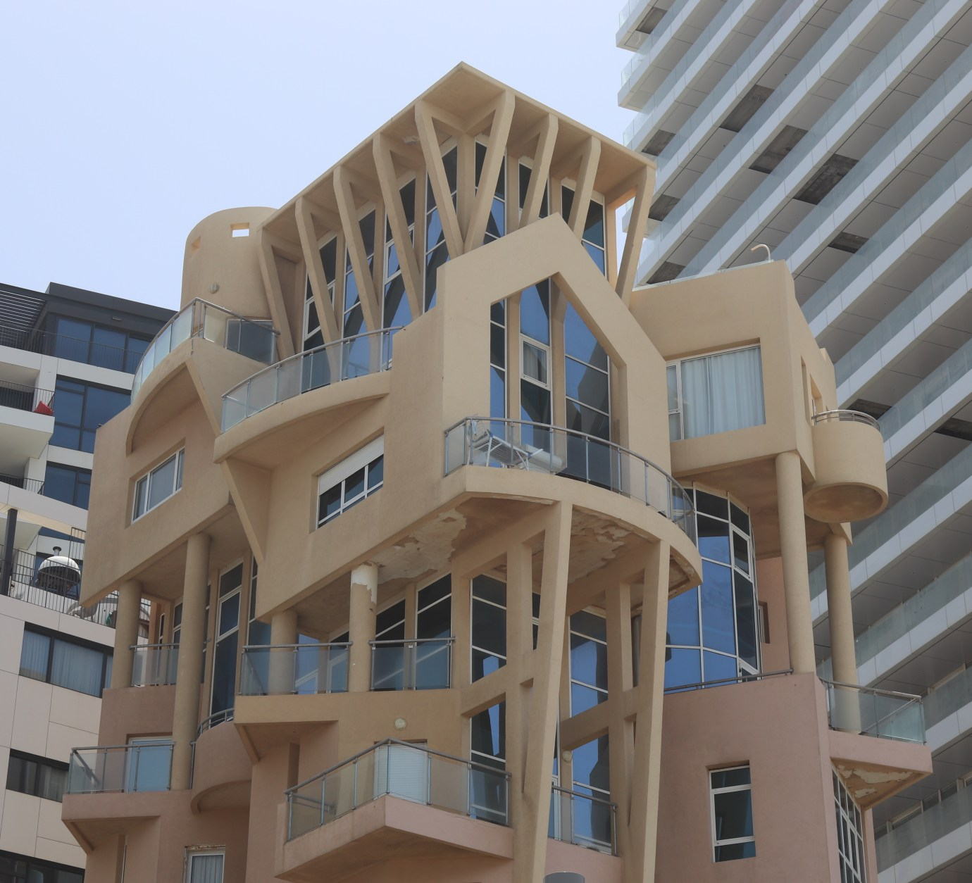 quirky architecture at Trumpeldor Beach