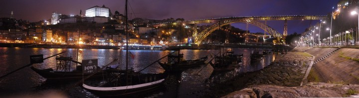 A night view in Porto, Portugal