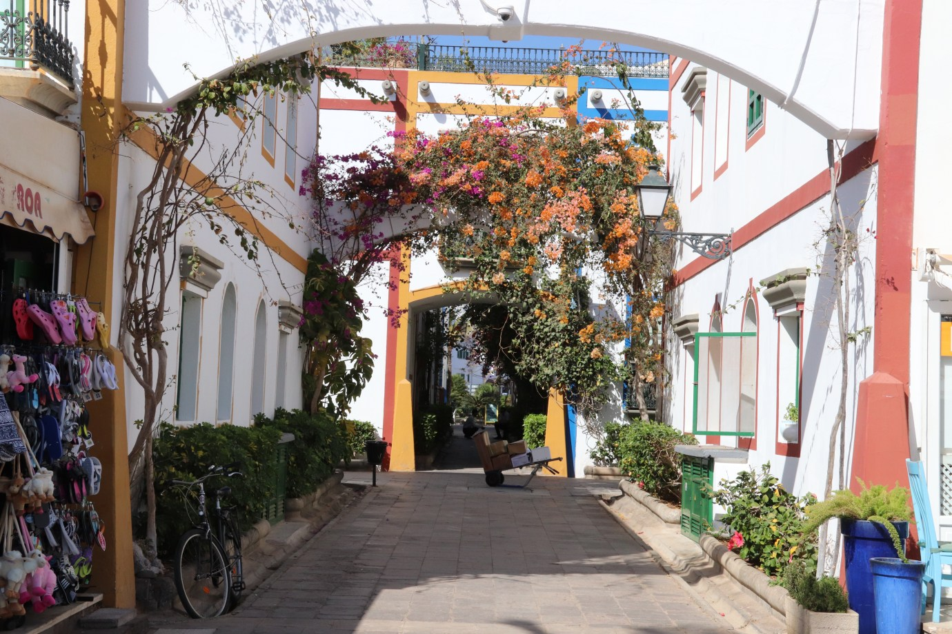 Peurto de Mogan is one of Gran Canarias prettiest resorted - coloured flowers climb the walls outside apartments buildings.